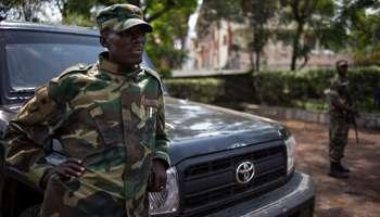2. Sultani Makenga, leader riconosciuto del gruppo M23. Nega ogni complicità con il Ruanda e col ruandese Bosco Ntaganda, con cui pure ha aderito ai patti del 23 marzo 2009, così come i crimini di cui lui e altri nel movimento sono accusati. (Fonte: Phil Moore/AFP)
