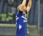 Lorenzo De Silvestri della Sampdoria esulta dopo il suo gol. Lo ha dedicato alle vittime della tragedia del porto di Genova.