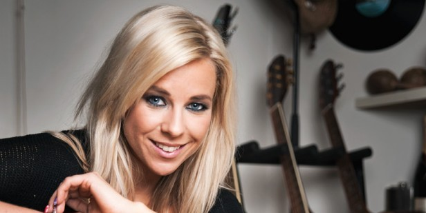 La cantante finlandese Krista Siegfrids (Fonte:imaniaci.blogspot.com)