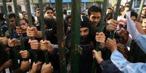 Le proteste degli studenti espulsi dalle università iraniane. Fonte: iranhr.it