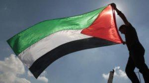 Una lettera inviata al premier Matteo Renzi chiede il riconoscimento dello Stato di Palestina anche in Italia.